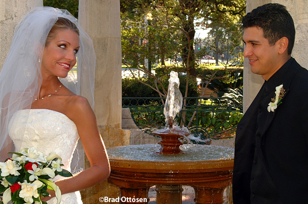Wedding 11-6-04, Photography by Brad Ottosen in Houston, Texas. Call 281-658-1240 for an appointment.